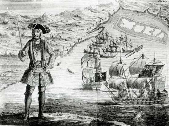 Barco pirata Royal Fortune, en 1722 junto a su capitán Roberts