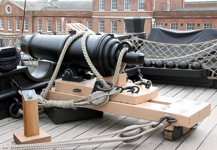 Carronada de 68 libras del HMS Victory