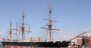 HMS Warrior en su base de Portsmouth