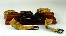 llave artillería montada sobre taco de madera