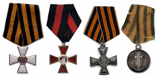 Medallas rusas al valor para los tripulantes del bergantín Mercurio.