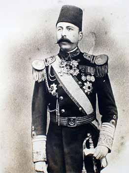 "Contralmirate otomano Mirliva Osman Pasha (1858-1890), comandante de la fragata ""Ertugrul"". Istanbul Naval Museum."