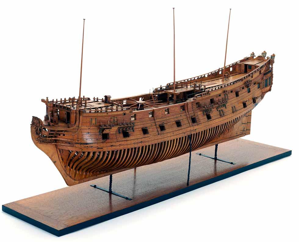 Navío británico parecido al navío San Luis