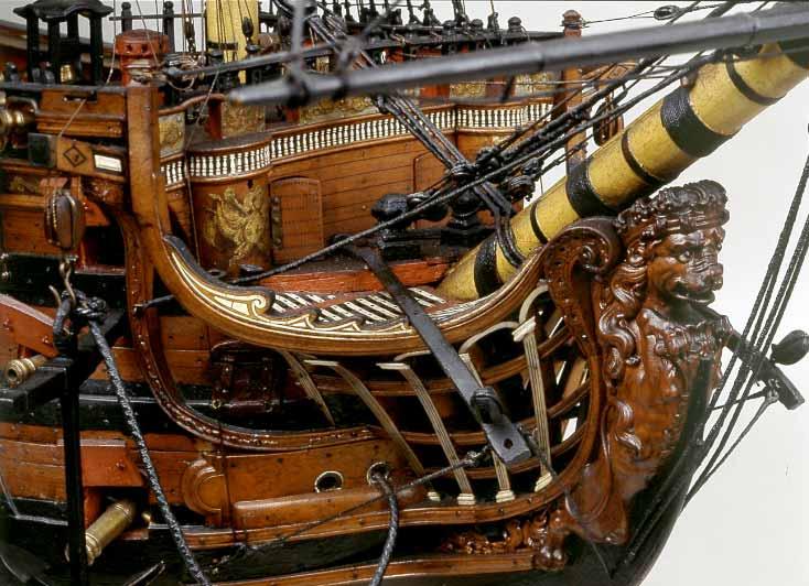 Vista de la proa del modelo de arsenal del navío Santísima Trinidad, del Museo Naval de Madrid.