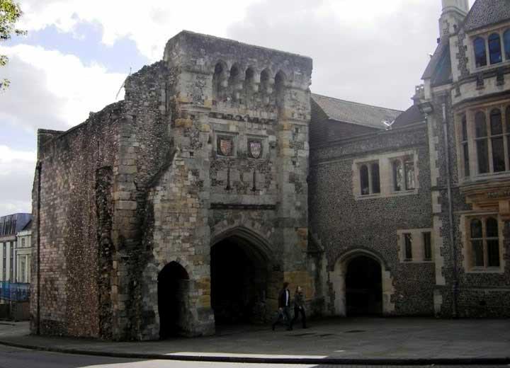 Puerta oeste de Winchester